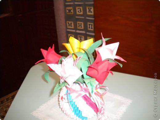 простая вазочка с цветами!!!!!!!!!