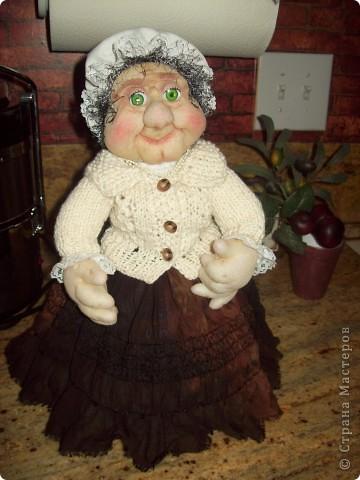 Моя новая бабуля. Помогите придумать ей имя! фото 2