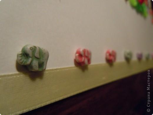 готовили с дочкой домашнее задание: надо сделать буквы из разных материалов. Решили создать имя моей первоклашки фото 4