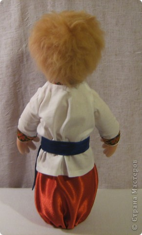 Доброго времени суток СТРАНА. Сегодня я хочу показать новую работу.  Попросили в детском саду сделать кукол в украинском стиле, для краеведческого уголочка. В  результате моих стараний, родилась вот такая парочка. Воспитатели остались довольны.  Всем приятного  просмотра. фото 7