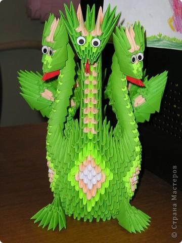Вот и меня захватила дракономания!) Спасибо за МК Галине Тиховой http://stranamasterov.ru/node/235801?c. В планах еще десяток маленьких дракончиков, один большой драконище и Санта:)))