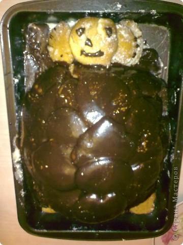 """Вот и выходной,решила испечь тортик,первый раз делала """"черепаху"""" кому надо напечатаю рецепт.  С виду конечно не красавец,но вкууусный) фото 1"""