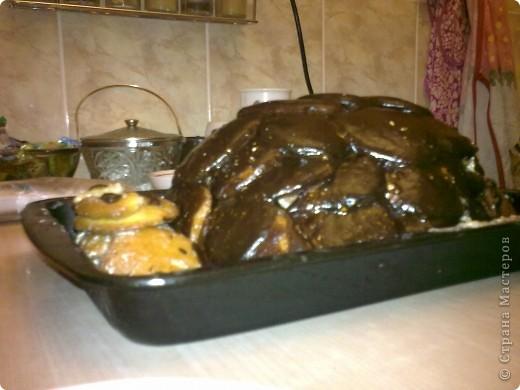 """Вот и выходной,решила испечь тортик,первый раз делала """"черепаху"""" кому надо напечатаю рецепт.  С виду конечно не красавец,но вкууусный) фото 6"""