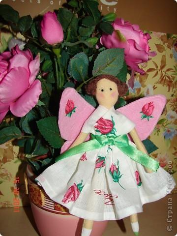Так хочется продолжения лета, ярких красок природы, благоухания цветов, пархающих бабочек, стрекоз и даже возможно цветочных фей :))))  фото 2