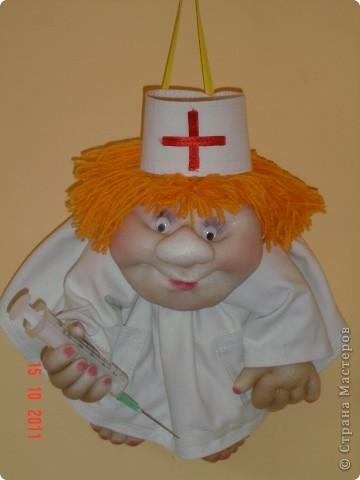 Вот такой шутливый подарок получился у меня знакомому врачу. фото 1