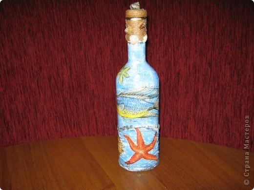 это одна сторона бутылки.Если видно, то тут пробовала объемный декупаж с помощью силикона фото 5