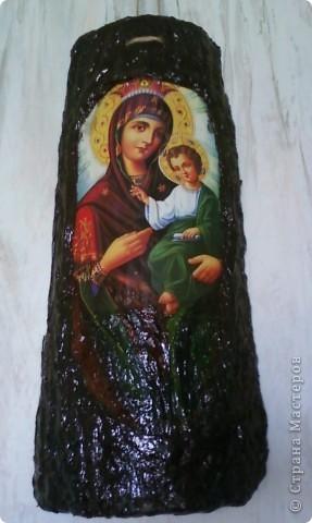 Увидела однажды такую икону в одном сувенирном магазинчике, из тех, что рядом с монастырями. Стоила очень дорого. Подумала, что сумашедство потратить столько денег  на то, что можно сделать своими руками. фото 1