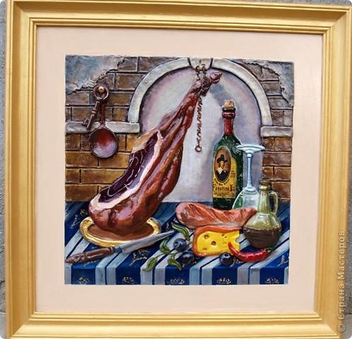 Основным блюдом в кафе будет хамон (свинная вялено-копчёная нога), оливки, оливковое масло и прочее. фото 1