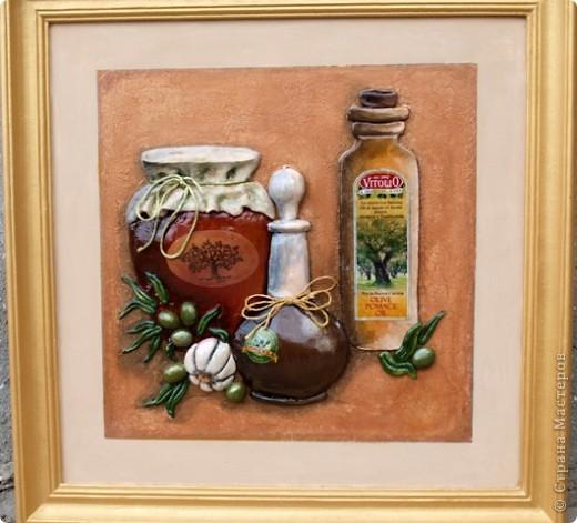 Основным блюдом в кафе будет хамон (свинная вялено-копчёная нога), оливки, оливковое масло и прочее. фото 2