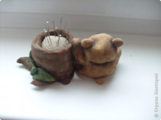 Вот такие 2 игольницы у меня получились блакодаря работе http://stranamasterov.ru/node/230913?c=favorite спасибо огоромное))) фото 3