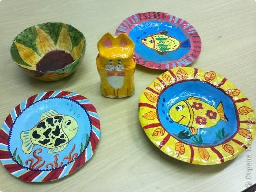 Весёлые тарелочки (работы учеников) фото 1