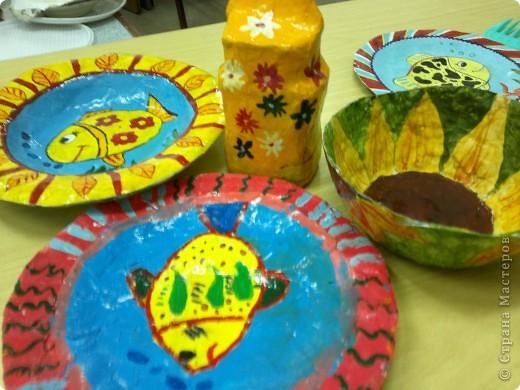 Весёлые тарелочки (работы учеников) фото 3