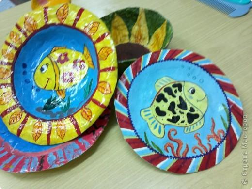 Весёлые тарелочки (работы учеников) фото 4