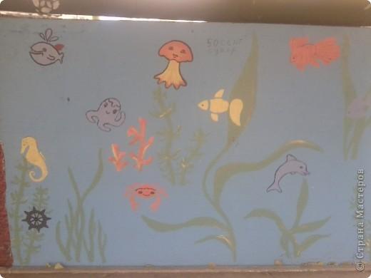 На веранде нашей группы решила изобразить морское царство.  Работа была выполнена ещё в середине августа - до начала учебного года. фото 5