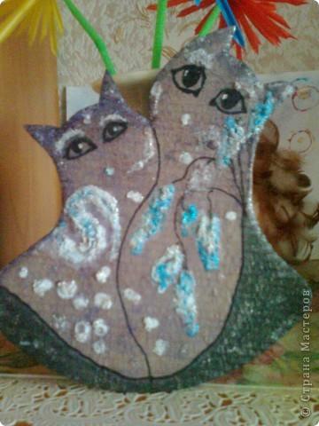 Вот и зима скоро на подходе!! А длинными зимними вечерами. Вы можете, как эти два  влюблённых котейки, наслаждаться красотой целой вселенной!!!  фото 2