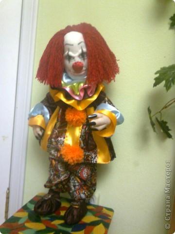 страшного клоуна заказал мальчик 20 лет... фото 2