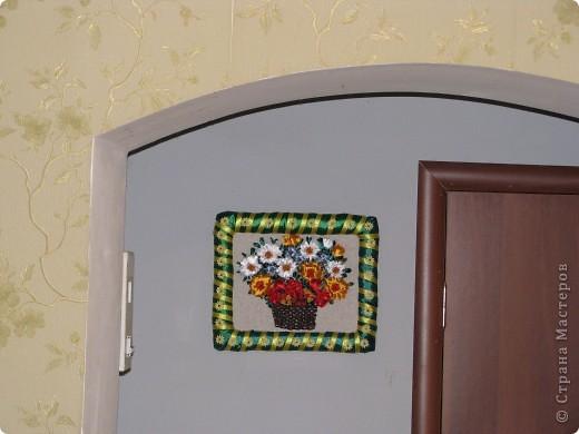 Цветы в корзине (вышивка лентами+ самодельная рамка) фото 2