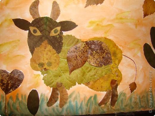 Надо было моему сынульке в детский садик сделать аппликацию из листьев, и вот что у нас получилось. фото 3