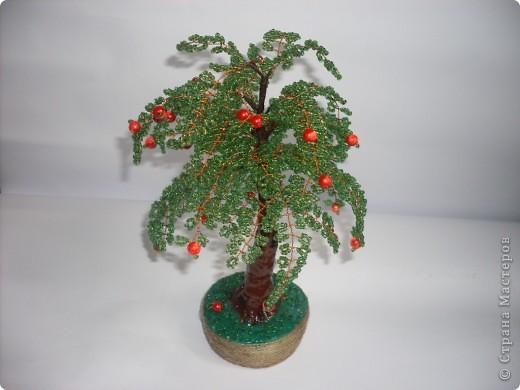 Мое первое бисерное дерево-яблонька фото 2