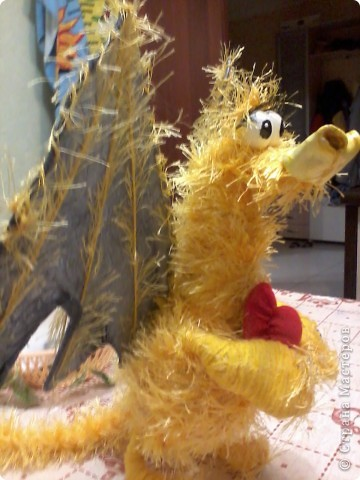 """Вот бывает же такое! Увидела тут на днях У Валентинки Порчелли замечательного дракончика! а тут как раз зачем-то """"травку"""" приобрела - и такое бывает, приходишь в магазин и покупаешь что-то, только фиг знает - зачем!!! А тут ответ нашёлся...:))) фото 2"""