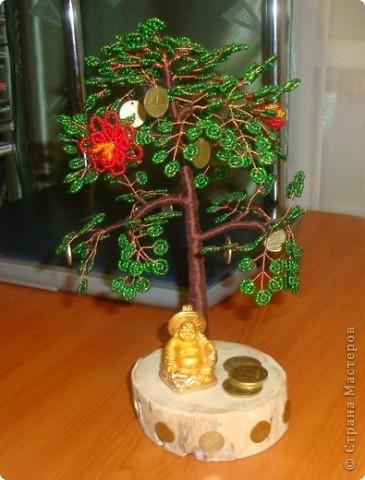 Вот обещанное денежное дерево, которое делала в подарок друзьям на свадьбу. Под деревом сидит Хоттей бог богатства и благополучия. фото 1