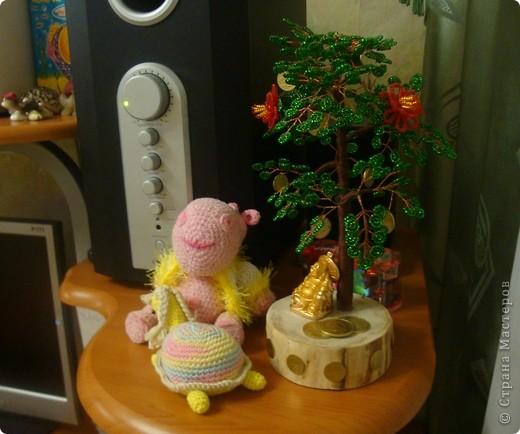 Вот обещанное денежное дерево, которое делала в подарок друзьям на свадьбу. Под деревом сидит Хоттей бог богатства и благополучия. фото 3