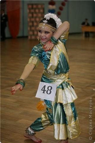 Индийский костюм для танца фото своими руками