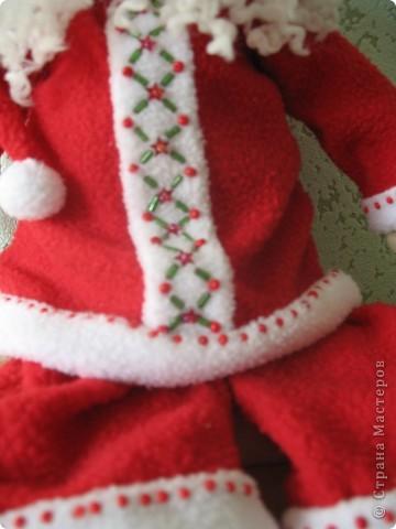 Мчат олени во всю прыть, Из Лапландии далекой Санта-Клауса везут, Бубенцы звенят в упряжке, слышишь этот тихий звук?  фото 5