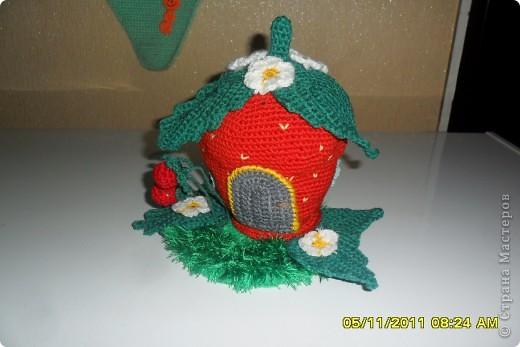 Связала я вот такой домик . Вяжут такой домик на сайте Амигуруми. фото 3