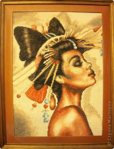 """Картина из готового набора с названием """"Наоми"""" Размер приблизительно 30х45 см."""