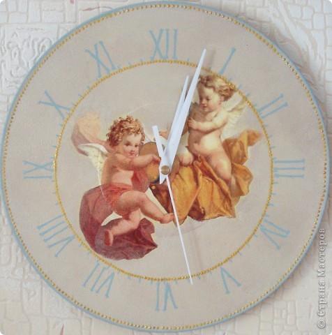 Часики с ангелочками (декупаж)