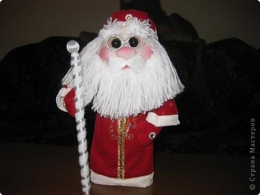 Всем доброго времени суток!!!Не перестаю готовится к Новому году!Попросили мои детки Деда Мороза под елочку,вот сегодня и дошила! фото 1