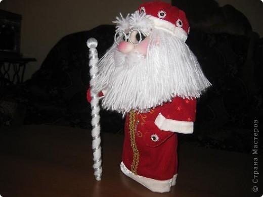 Всем доброго времени суток!!!Не перестаю готовится к Новому году!Попросили мои детки Деда Мороза под елочку,вот сегодня и дошила! фото 2