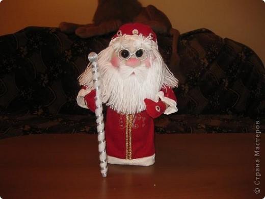 Всем доброго времени суток!!!Не перестаю готовится к Новому году!Попросили мои детки Деда Мороза под елочку,вот сегодня и дошила! фото 4