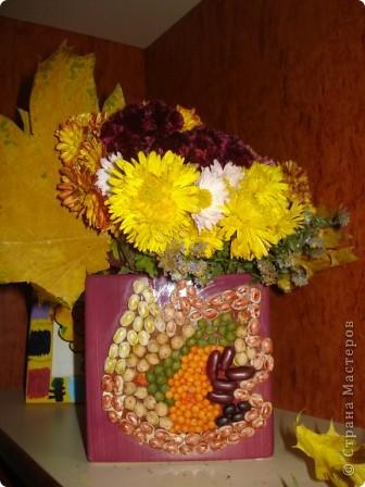 """Всем здравствуйте! В нашем центре традиционно каждый октябрь проводится праздник осени. Детки не только показывают, чему научились в нашем центре развития, но и вместе с родителями готовят стихотворения, рисуют рисунки, делают поделки. Представляю Вашему вниманию некоторые поделки (возраст деток 3-6 лет). Шляпка сделана по МК из Страны Мастеров. Наша """"осень"""" сразу примерила ее на празднике.  фото 8"""