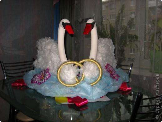Идею этих лебедей взяла тут:  https://stranamasterov.ru/node/187501#comment-2792501 Вот результат! Спасибо автору за идею. Лебедей делала на свадьбу младшей сестренки как украшение на машину. фото 1