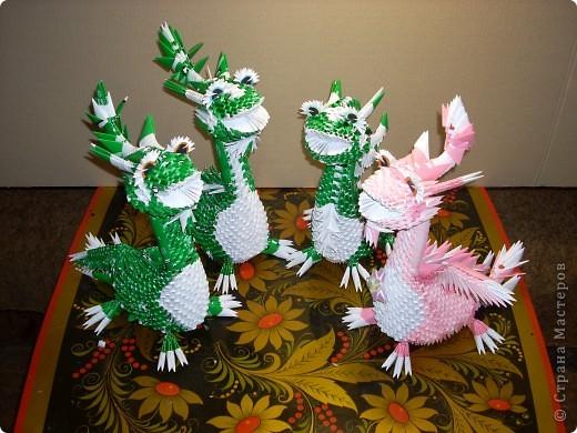 В моем драконьем стаде пополнение. Это дракончики из семейства динозавриков. Они получились настолько разными, что получили имена. фото 1
