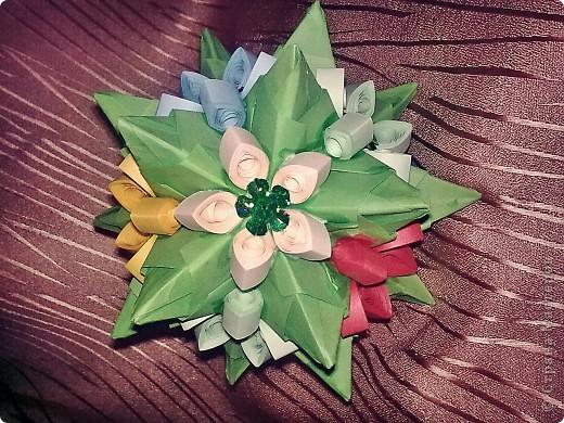Привет,Страна Мастеров!Только-что расцвел и мой Торнилло! Сегодня мне подвернулись ленты для квиллинга(правда ширина 10мм. и цветы немного грубоваты) я и не удержалась!СПАСИБО МАРИНЕ5 ЗА ИДЕЮ И ВДОХНОВЕНИЕ!!! фото 1