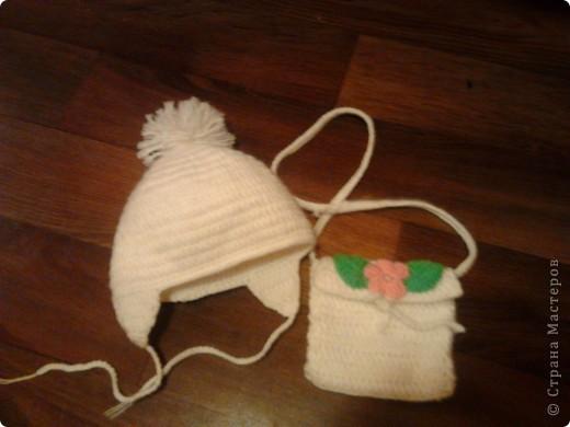Наш теплый прогулочный комплектик - двойная шапочка и сумочка через плечо.  фото 2