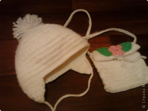 Наш теплый прогулочный комплектик - двойная шапочка и сумочка через плечо.  фото 1