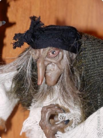 Всем добрый вечер! Боольшая просьба к мастерам-кукольникам. Оцените, пожалуйста, в денежном эквиваленте вот эту работу... Кукла сделана из запекаемой глины Cernit. Высота без посоха 21 см. фото 6