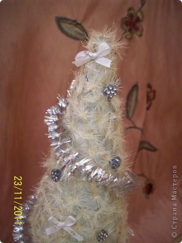 """Елочка """"Пушинка"""" сделана из пушинок расторопши, такая же есть снежинка у меня https://stranamasterov.ru/node/271287   фото 4"""
