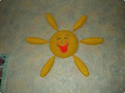 Солнышко для детской комнаты