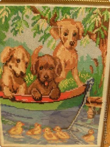 Моей старшей дочурке 13 лет. Вот недавно закончила последнюю  работу. Три щенка в лодке вышивала крестиком . Размер в рамке 25 на 32 фото 3