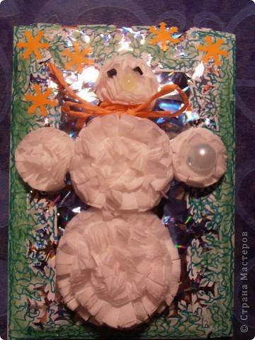 Снеговички сделаны из салфеток(обьемные)........фон - бумага оформительская........ фото 3