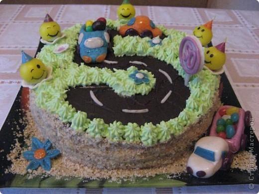 Этот тортик я испекла на день рождения своего сыночка фото 2
