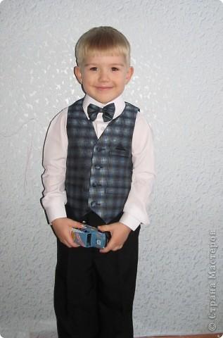 23 ноября был день рождения у моего сына. Ему исполнилось 4 года. Любимый мультик сыночка - Тачки, поэтому и праздник проходил в этом стиле. Тортик заказали соответственный )) фото 7