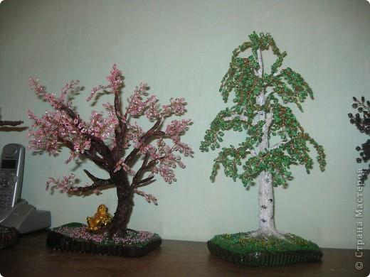 Моя внучка со своей работой, дерево она делала для мамочки,дочь очень довольна. фото 6