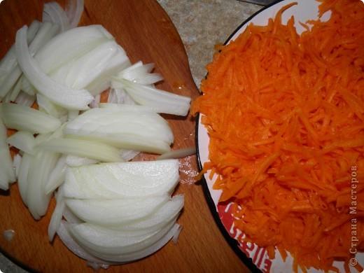 Тыква - 500 г Лук - 3 шт Мука - 3 стакана соль, перец сливочное и растительное масло фото 3