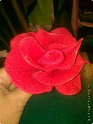 Роза из капрона фото 1